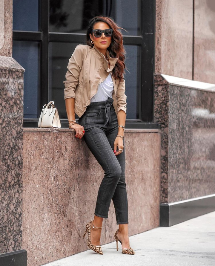 if you are looking for ways to wear your skinny jeans, here is it